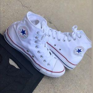 Converse Chuck Taylor All Star Hi Sneaker!